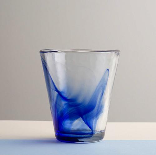 Vaso de cristal artenano con detalle azul