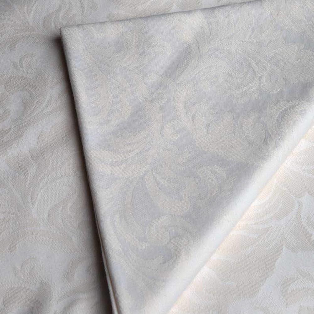 Cubre-mantel-brocado-blanco