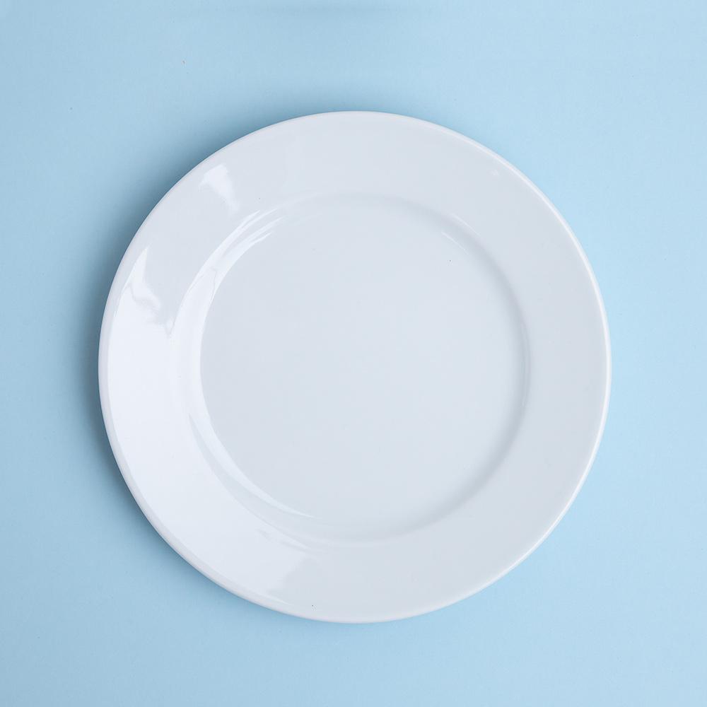 Plato-pan-blanco